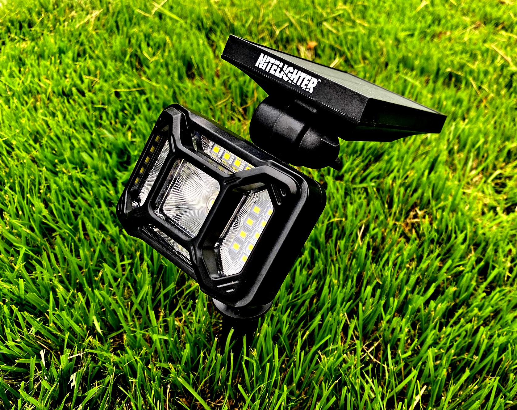 Landscape light in grass